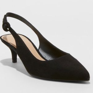 A New Day Black Pointed Toe Kitten Slingback 8.5